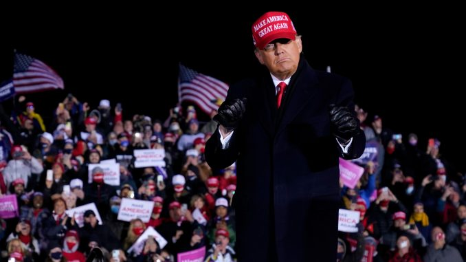 Tramp igra golf dan pošto su mediji preneli da je izgubio na izborima 1