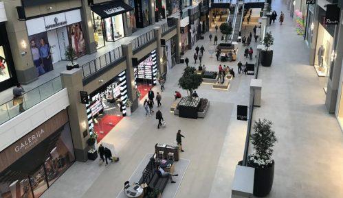 Vesić: Očekujem od sutra ujutru otvaranje tržnih centara 14