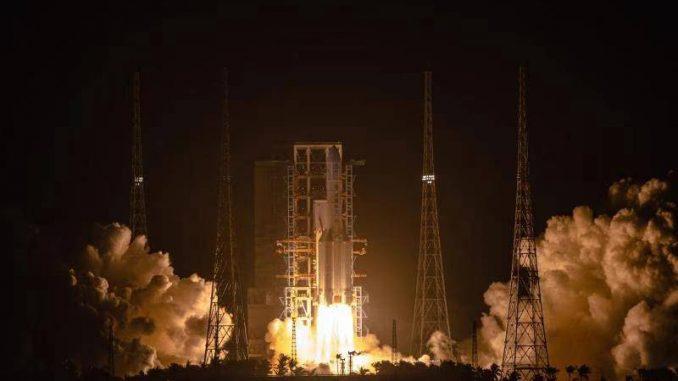 Kina uspešno lansirala sondu u prvoj kineskoj misiji za donošenje uzoraka sa Meseca 4