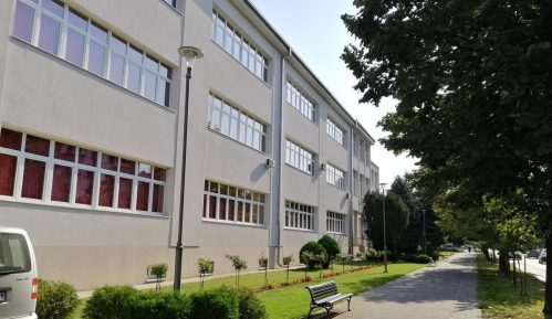 Prelazak na nastavu na daljinu preporučio i Štab za vanredne situacije opštine Kladovo 9