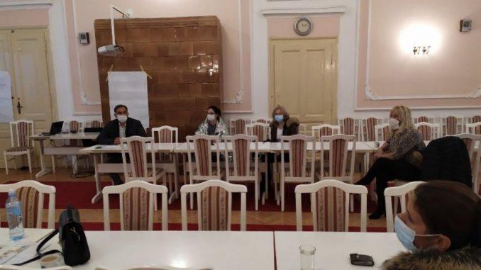 Završena obuka za pružanje pomoći u kući za žene romske nacionalnosti 1