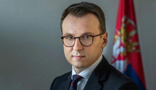 Direktoru Kancelarije za Kosovo i Metohiju dozvoljen ulazak na Kosovo 12