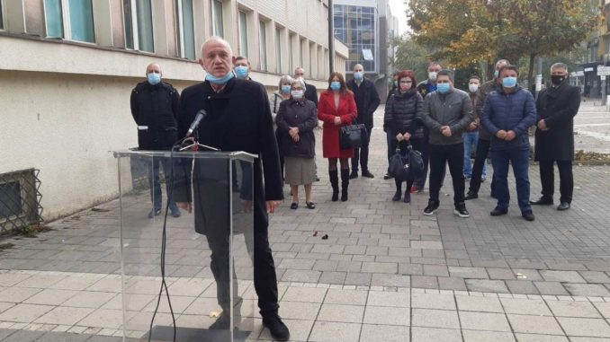 Nastavljen bojkot naprednjačke Gradske skupštine Šapca 1