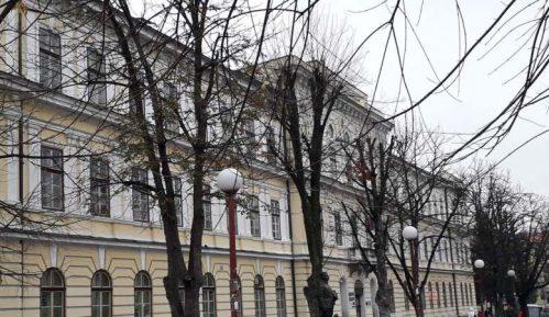 U Zlatiborskom okrugu inficirano 28 učenika i 33 radnika 12