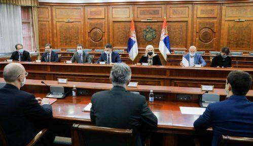 Mihajlović: U obostranom interesu saradnja države i naftnih kompanija 2