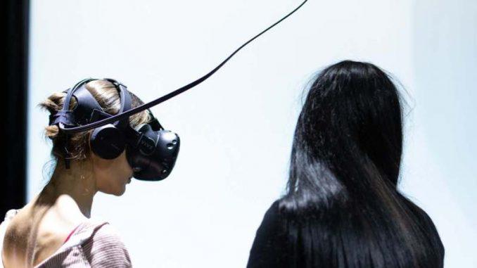Prva samostalna umetnička izložba VR-a u Srbiji 3