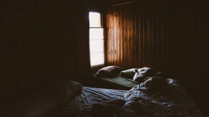 Skoro osam odsto građana Srbije živi u previše tamnim prostorijama 5