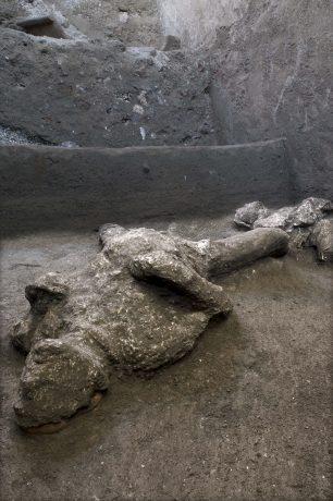 Nova otkrića u Pompeji: Nađeni ostaci dva muškarca, verovatno bogataša i roba (FOTO) 2