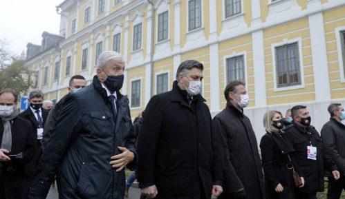Uprkos epidemiološkim merama, hiljade građana u Koloni sećanja u Vukovaru 9