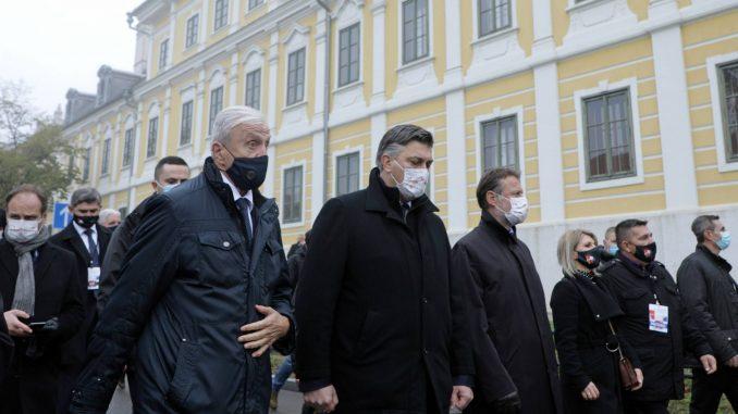 Uprkos epidemiološkim merama, hiljade građana u Koloni sećanja u Vukovaru 4