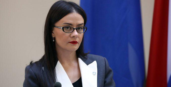 """Kosovska ministarka: Vučiću neće biti dozvoljena poseta """"dok se ne izvini za genocid"""" 3"""
