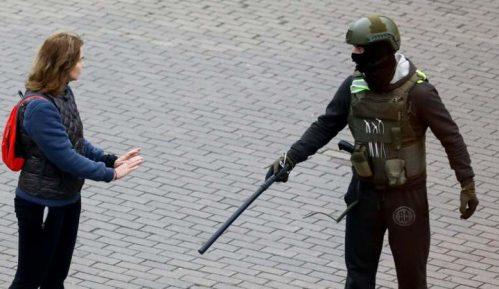 Grupa za zaštitu ljudskih prava: Na protestu u Belorusiji danas uhapšeno više desetina ljudi 13