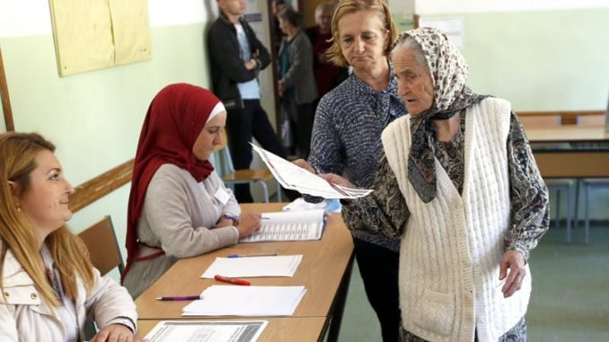 Lideri probosanskog bloka podržali bojkot nedeljnih izbora u Srebrenici 1