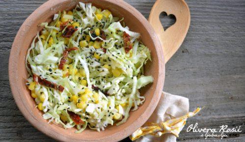 Vege recept: Obrok salata sa kukuruzom 9
