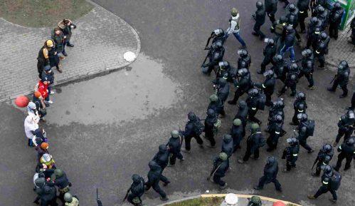 Više od 2.000 penzionera protestovalo u Minsku 100. dana od početka demonstracija 7