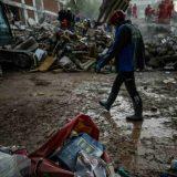 Novi bilans zemljotresa u Turskoj: 100 mrtvih i 994 povređena, u Izmiru sapasena devojčica 1