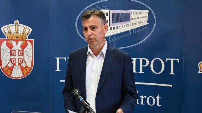 Gradonačelnik: Piroćanci poštuju propisane mere zaštite od epidemije 4
