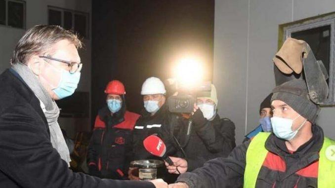 Vučić: Ako zatvorimo sve, ne znam od čega ćemo moći bilo šta da platimo 4