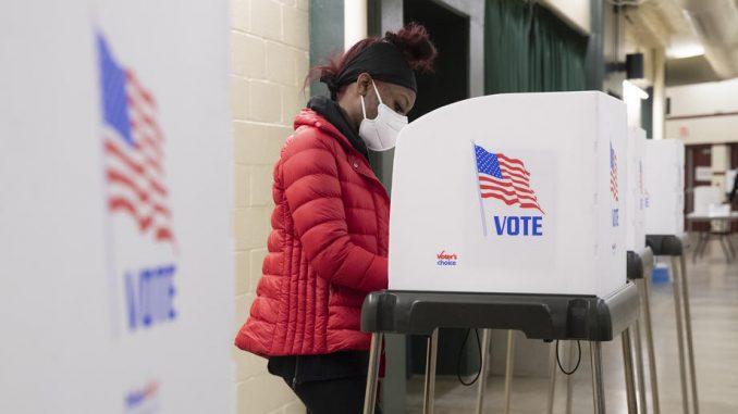 Građani SAD danas biraju predsednika, Bajden favorit, ali Trampa ne treba otpisivati 4