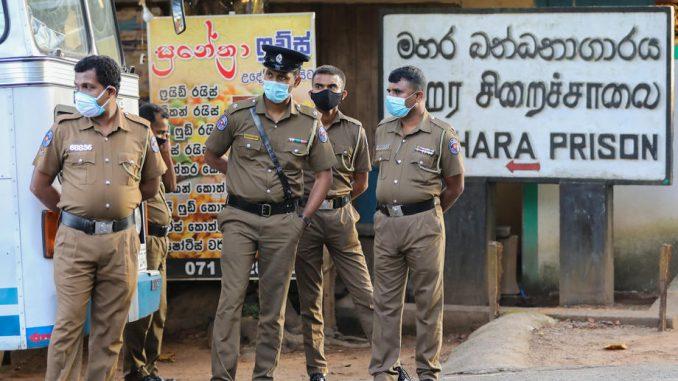 Osam ubijenih u zatvorskoj pobuni zbog korona virusa u Šri Lanki 3