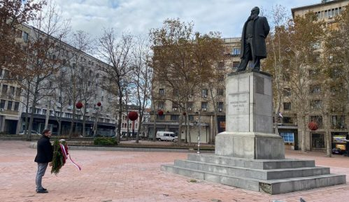 Sekretar grada Beograda za kulturu položio venac na spomenik Nikoli Pašiću 3