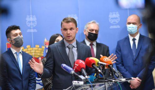 Posle zemljotresa kod Zagreba i građani Banjaluke na ulicama, saobraćajni kolaps 4