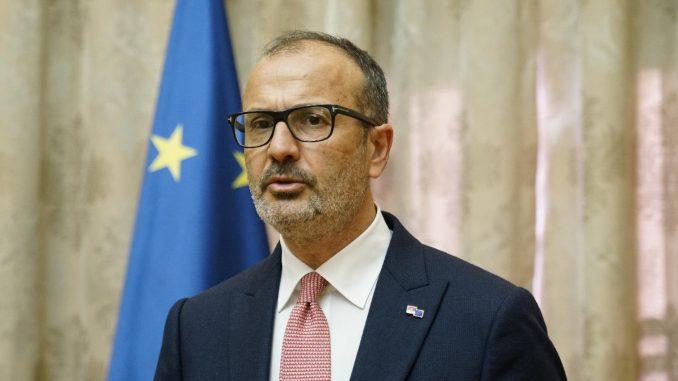Borko Stefanović trebalo da se obrati ustanovama u Briselu 4