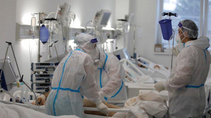 Pet osoba preminulo na kovid odeljenju čačanske bolnice za 24 časa 4