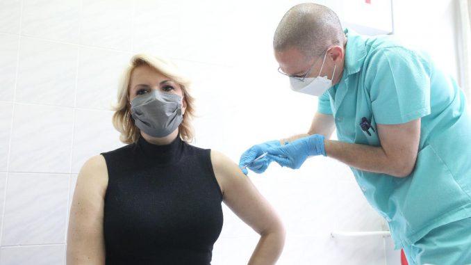 Vakcinacija nije za kampanju i rejting 4