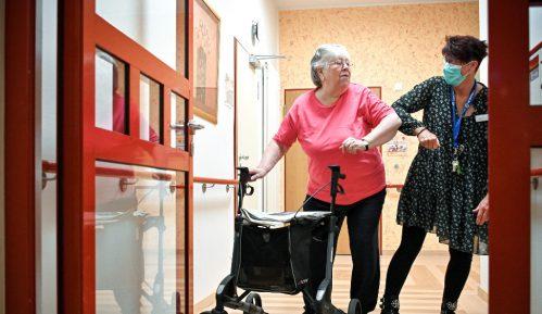 U Nemačkoj će se prvo vakcinisati korisnici domova za stare osobe 22