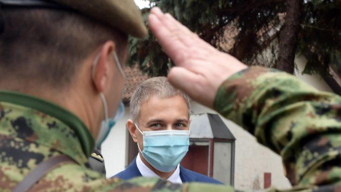 Stefanović: Vojni budžet za 2021. nešto veći, vojnicima dodatno povećanje plata od 10 odsto 1