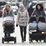 U Crnoj Gori ponovo nadoknade za žene sa troje i više dece 12