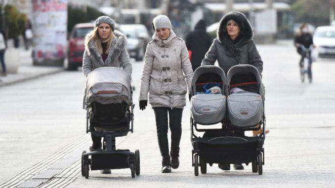Macura: Protivustavne odredbe o majkama dece sa invaliditetom 1