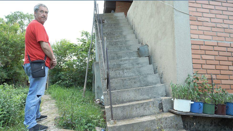 Stepenište u domu Vladimirovića, selo Metovnica