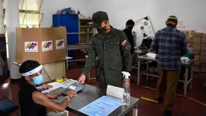 Izbori u Venecueli: Maduro pobednik na glasanju koje je bojkotovala opozicija 5