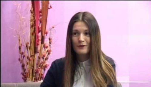 Nela Tonković: Dostojanstveno 13