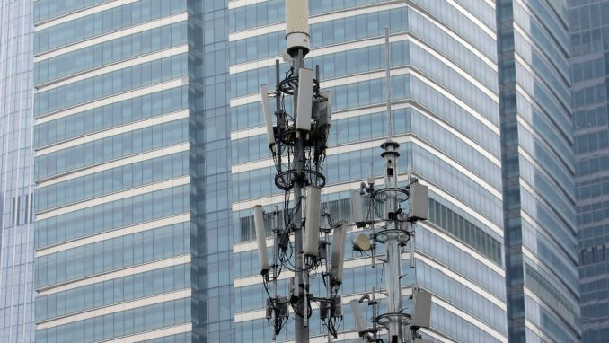 Oko 5G mreže vrti se Vašingtonski sporazum, besparica i teorije zavere 3