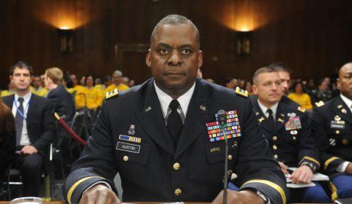Prvi Afroamerikanac na čelu Pentagona 9