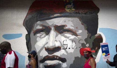 Građani Venecuele biraju parlament, izvesna pobeda Madura 5