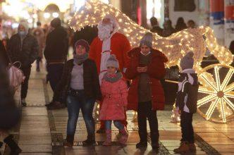 Novogodišnja noć u centru Beograda protekla mirno (FOTO) 5