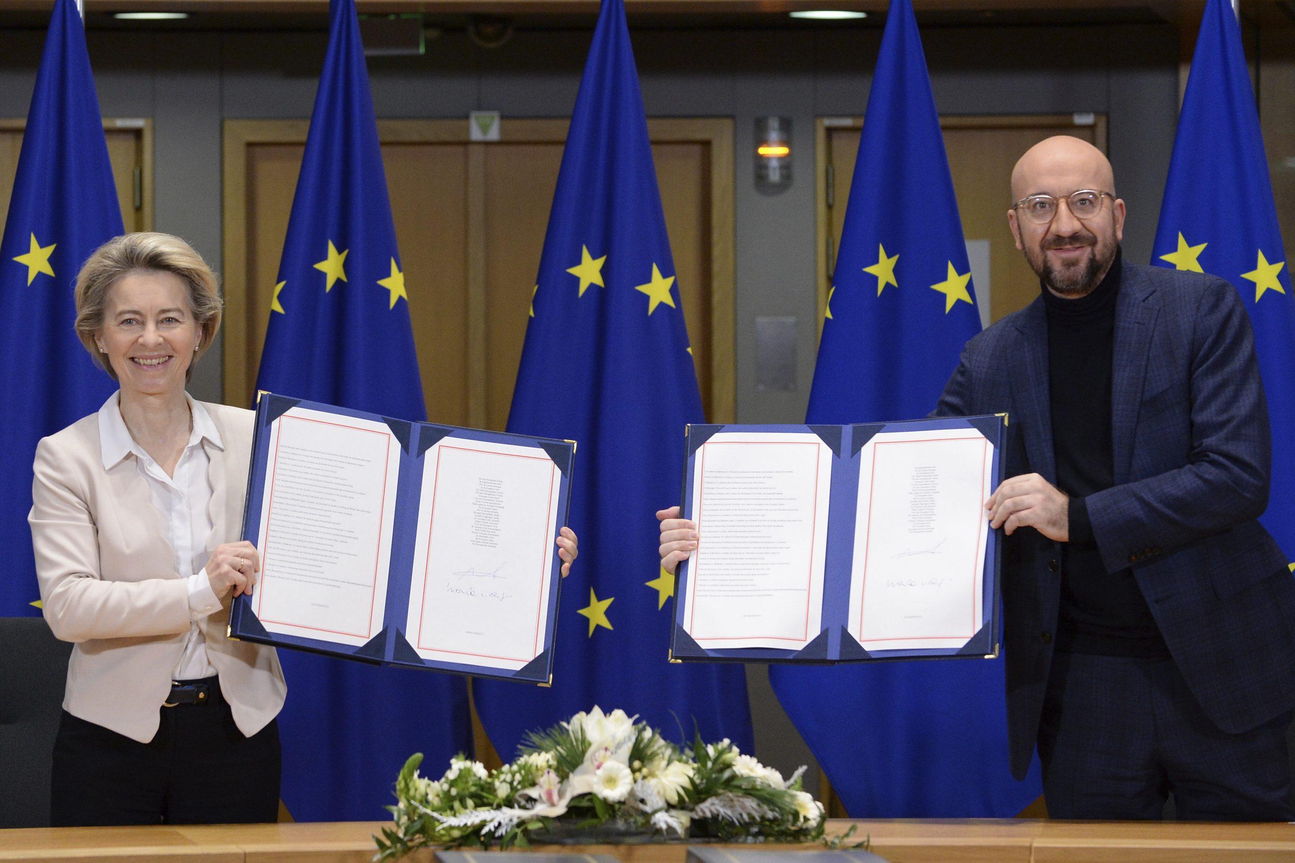 Zvaničnici EU potpisali post-Bregzit trgovinski sporazum sa Velikom Britanijom 1