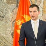 Bečić: Prihvatljiva Vlada sa političarima 15