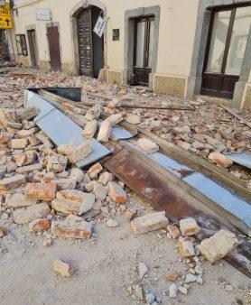 Snažan zemljotres u Hrvatskoj, ima žrtava, podrhtavanje se osetilo i u Srbiji (VIDEO) 16