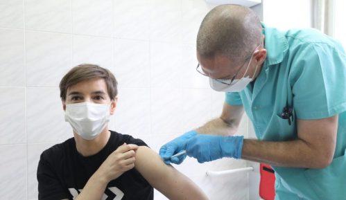 Kratki smo za skoro 200.000 zainteresovanih za vakcinu 11