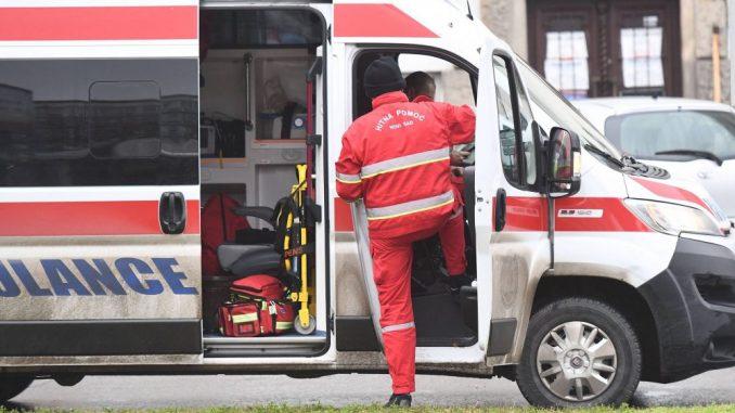 U saobraćajnoj nesreći na Obrenovačkom putu poginuo mladić 2