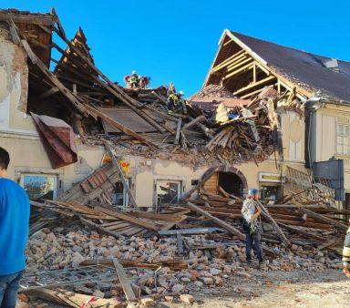Snažan zemljotres u Hrvatskoj, ima žrtava, podrhtavanje se osetilo i u Srbiji (VIDEO) 15