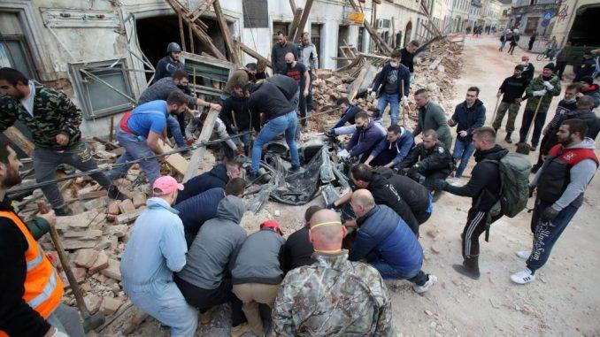 Snažan zemljotres u Hrvatskoj, ima žrtava, podrhtavanje se osetilo i u Srbiji (VIDEO) 3
