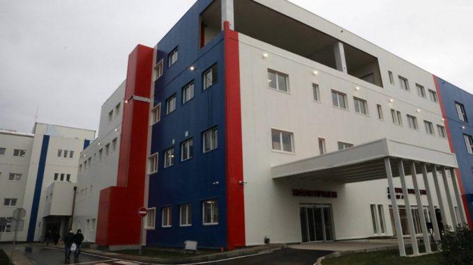 Ašanin: U dve bolnice 1.000 obolelih od kovid-19, od aprila zatvaranje poliklinike KCS 4