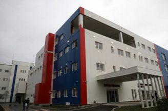 Brnabić: Pacijenti iz Beograda će biti preusmeravani u bolnicu u Batajnici (FOTO) 5