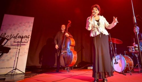 Novogodišnji koncert Beti Đorđević 24. decembra onlajn 15